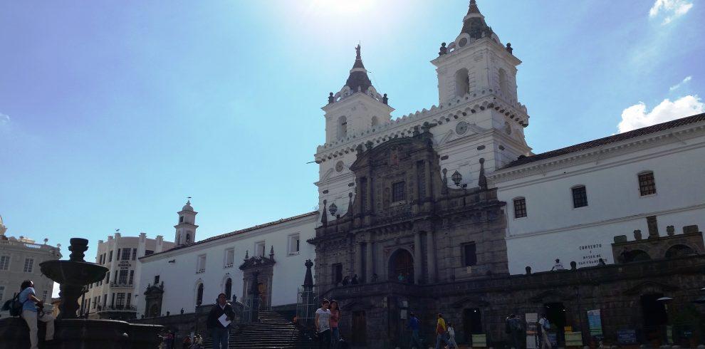 Quito old town, ecuador day tours, quito ecuador, quito day tours, day tours quito