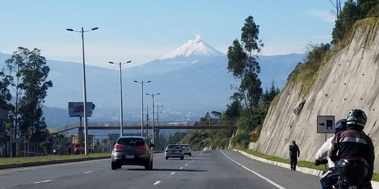 https://www.ecuatouring.com/wp-content/uploads/2018/09/Cotopaxi-ruta-viva-1280x640.jpg