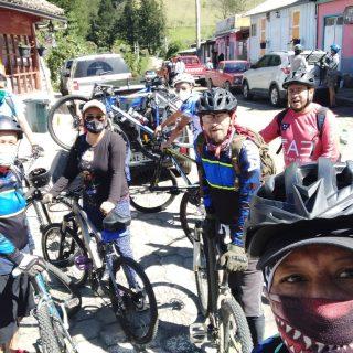biking tour from quito, tour en bcicleta quito, Ecuatouring