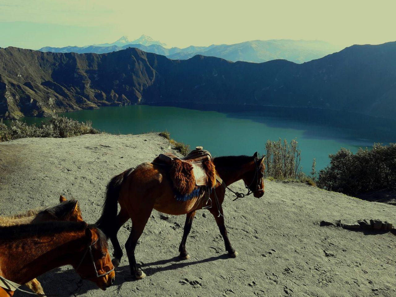 quilotoa crater lake tour, quilotoa volcano tour, ecuatouring