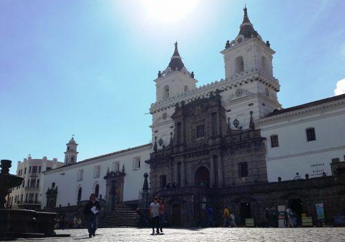 Quito Oldtown Tour, ecuatouring, quito old town tour, quito guided tour, panecillo, la merced, san francisco